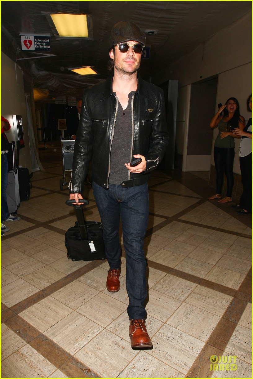 ian somerhalder smoldering hot at cap sunglasses 10