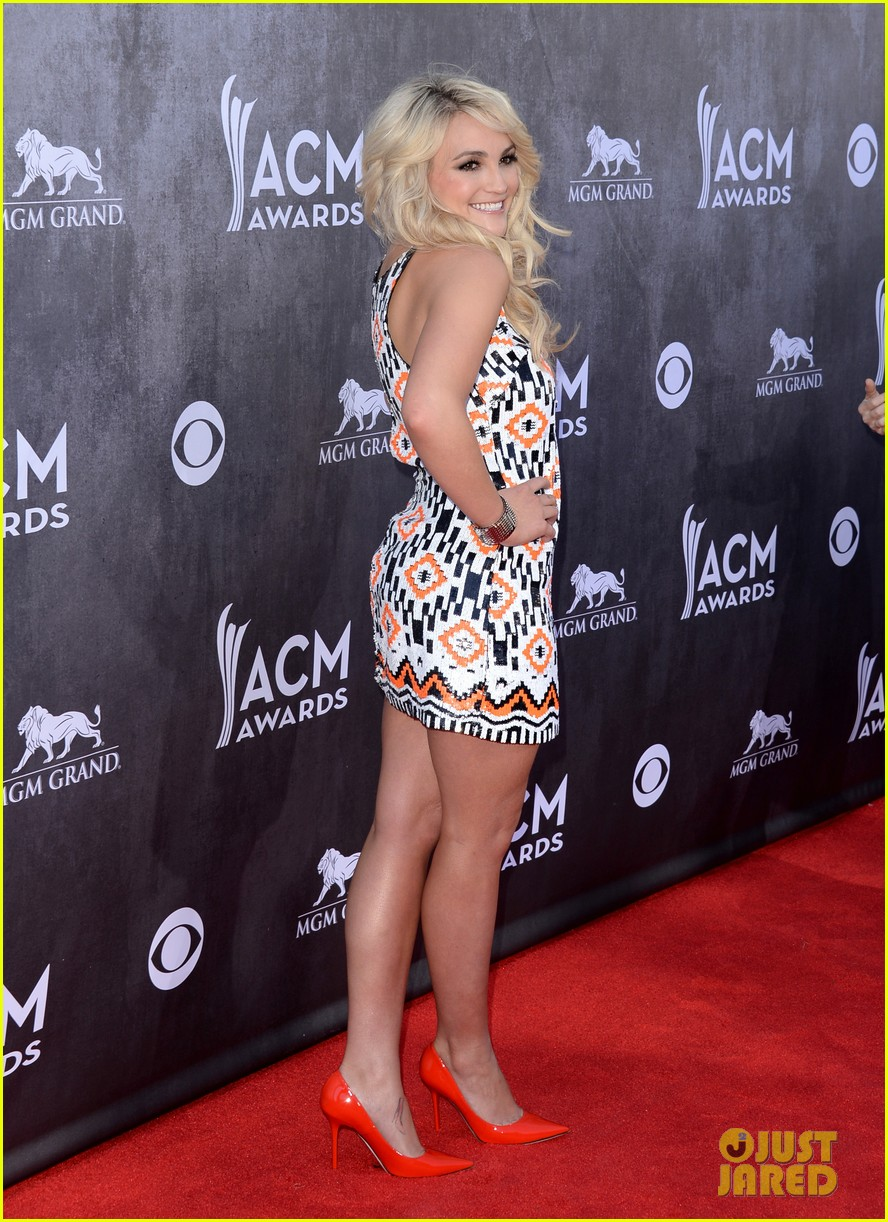 jamie lynn spears new hubby jamie watson are picture perfect at acm awards 2014 01