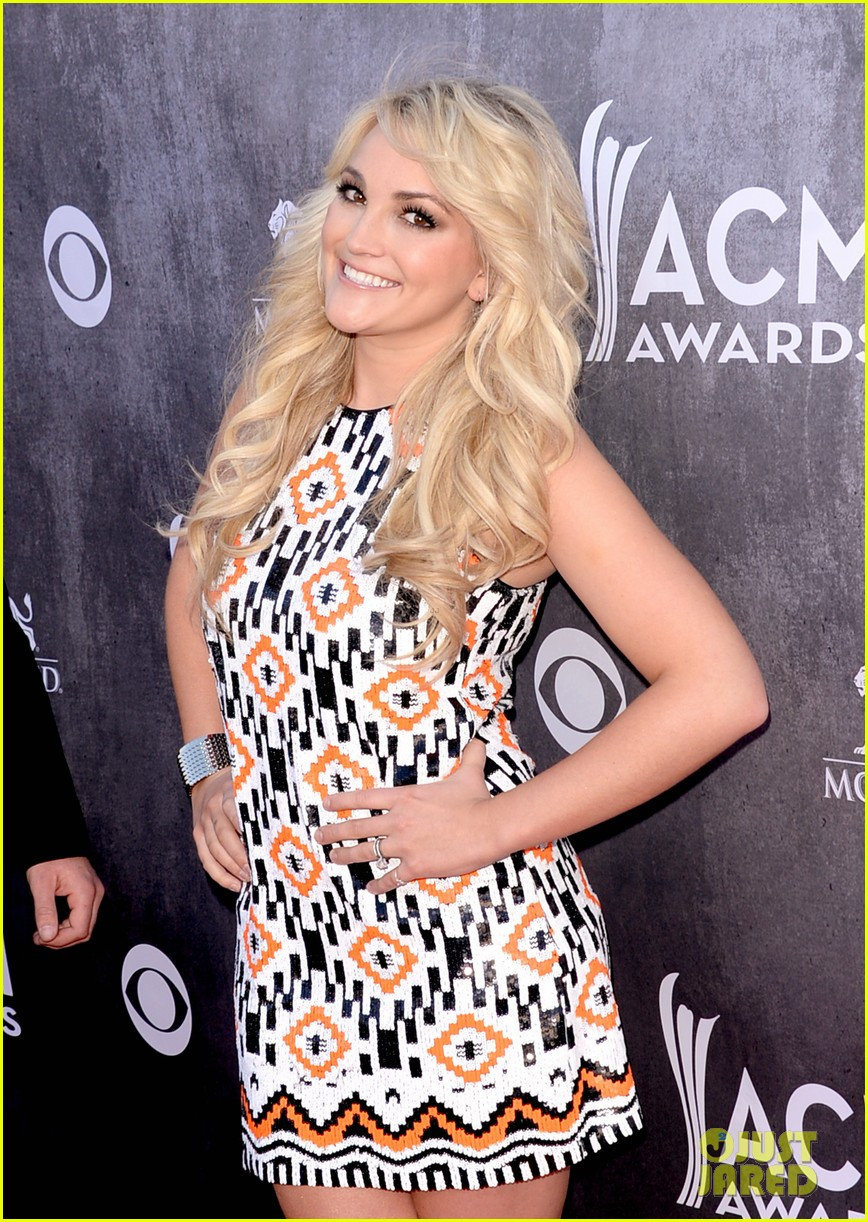 jamie lynn spears new hubby jamie watson are picture perfect at acm awards 2014 10