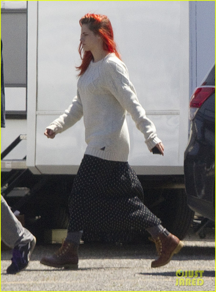 kristen stewart fiery red hair american ultra set 03