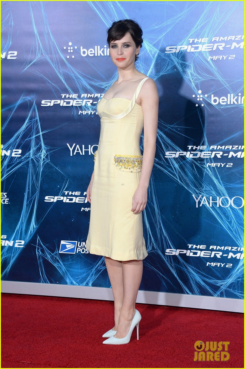 emma stone felicity jones amazing spider man 2 nyc premiere 053098513