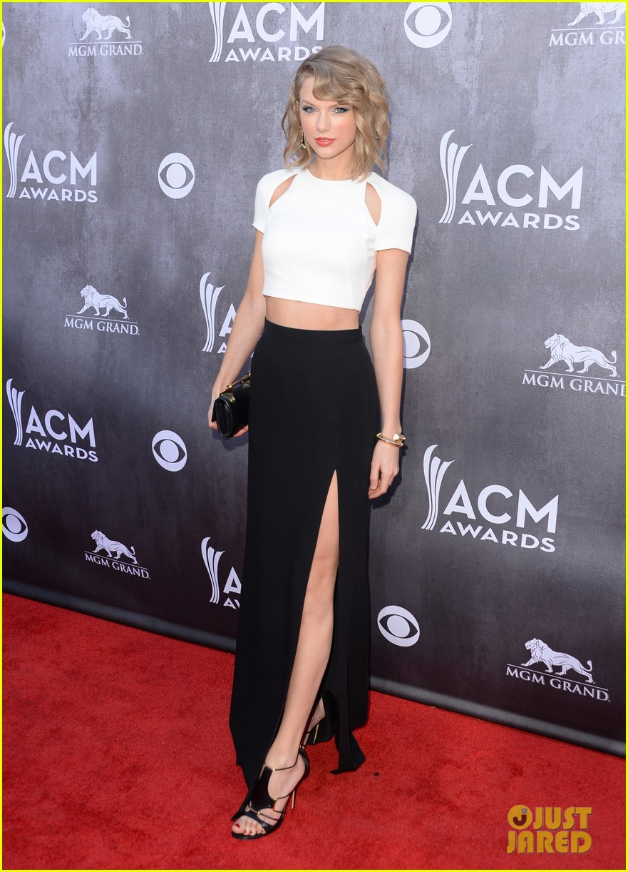 taylor swift acm awards 2014 red carpet 203085807