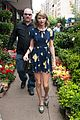 taylor swift celebrates earth day by going flower shopping 18