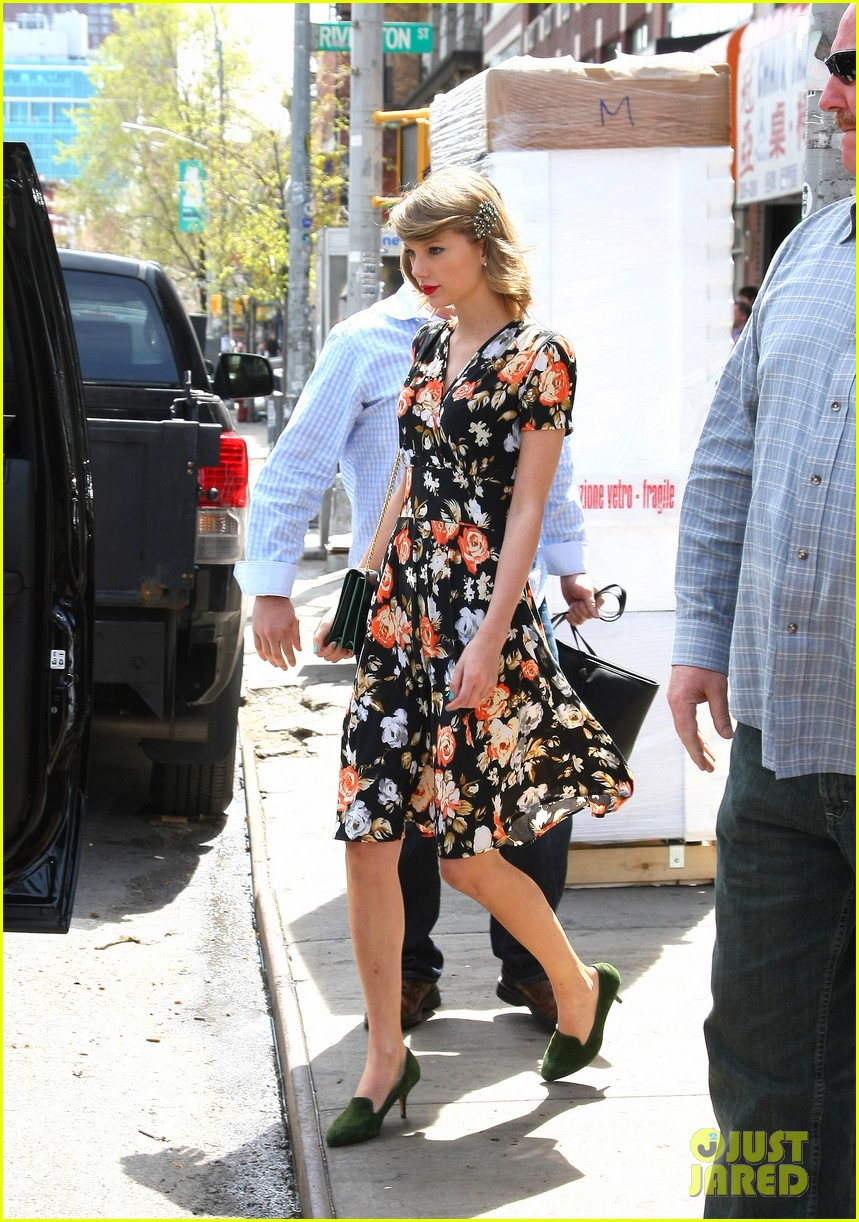 taylor swifts we are never ever getting back together parodied 07