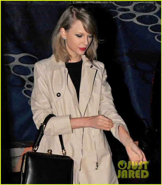 taylor swift nyc radio disney music award win 03
