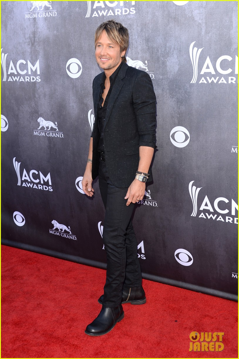 keith urban acm awards 2014 red carpet 043085820