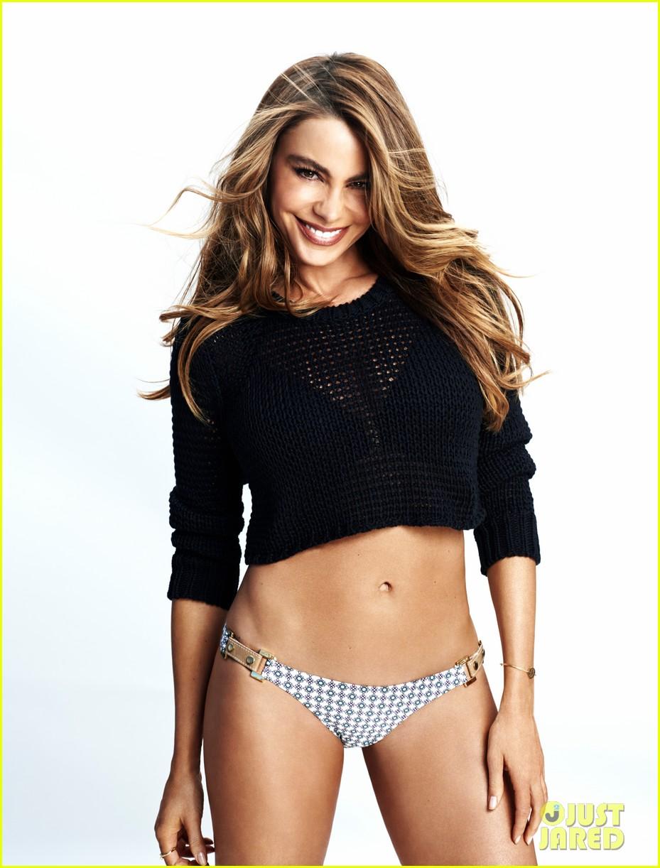 sofia vergara displays abs hot bikini body in womens health 01