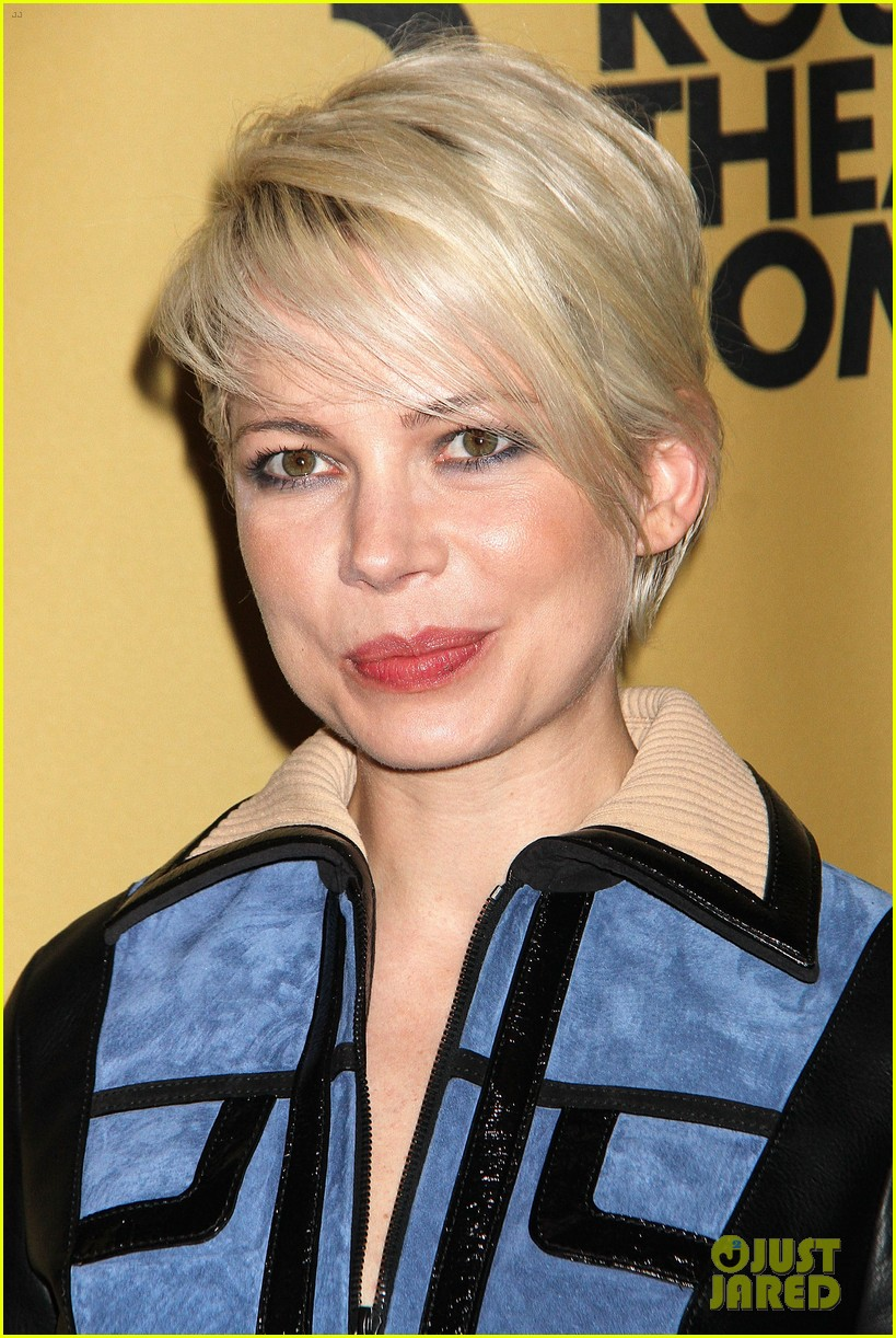 michelle williams gets raves for broadway debut in cabaret 07