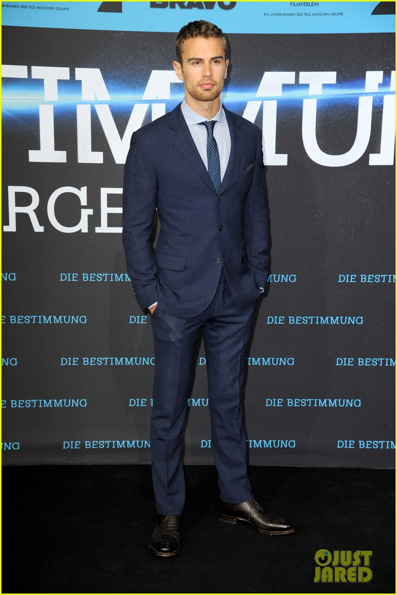 shailene woodley theo james bring divergent to germany 29