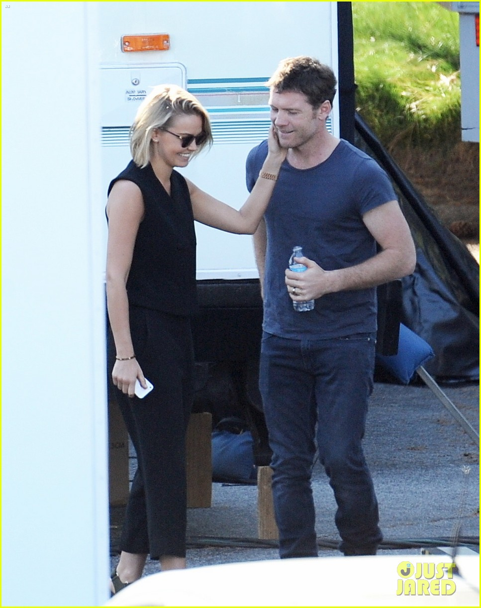 sam worthington visit from lara bingle on cake set 103090907