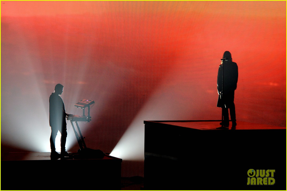 30 seconds to mars perform city of angels iheartradio 133103513