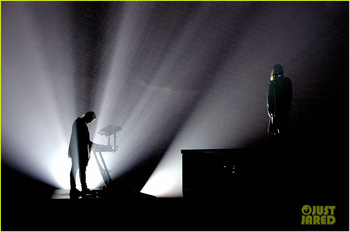30 seconds to mars perform city of angels iheartradio 143103514