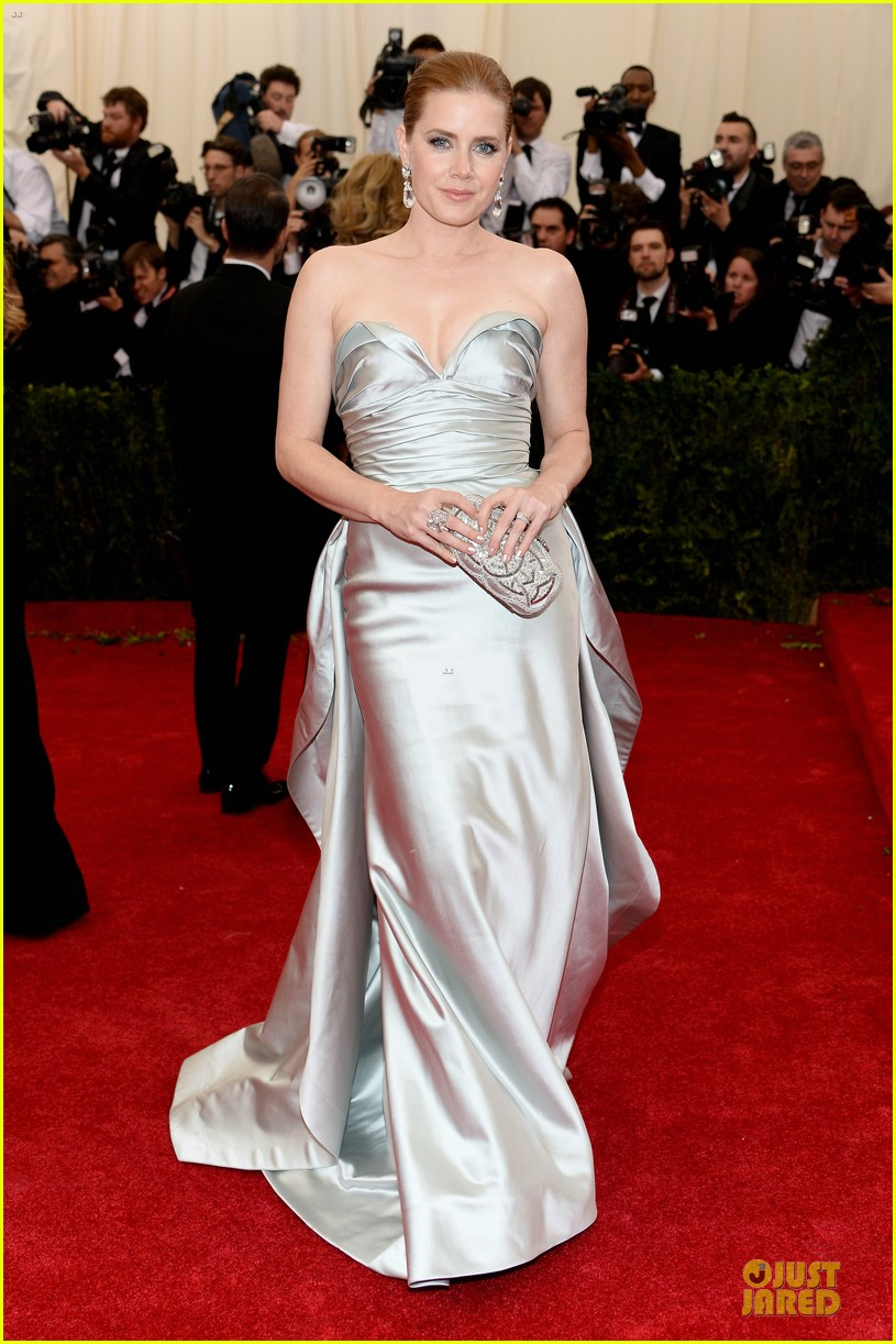 amy adams eyecatching met ball 2014 01