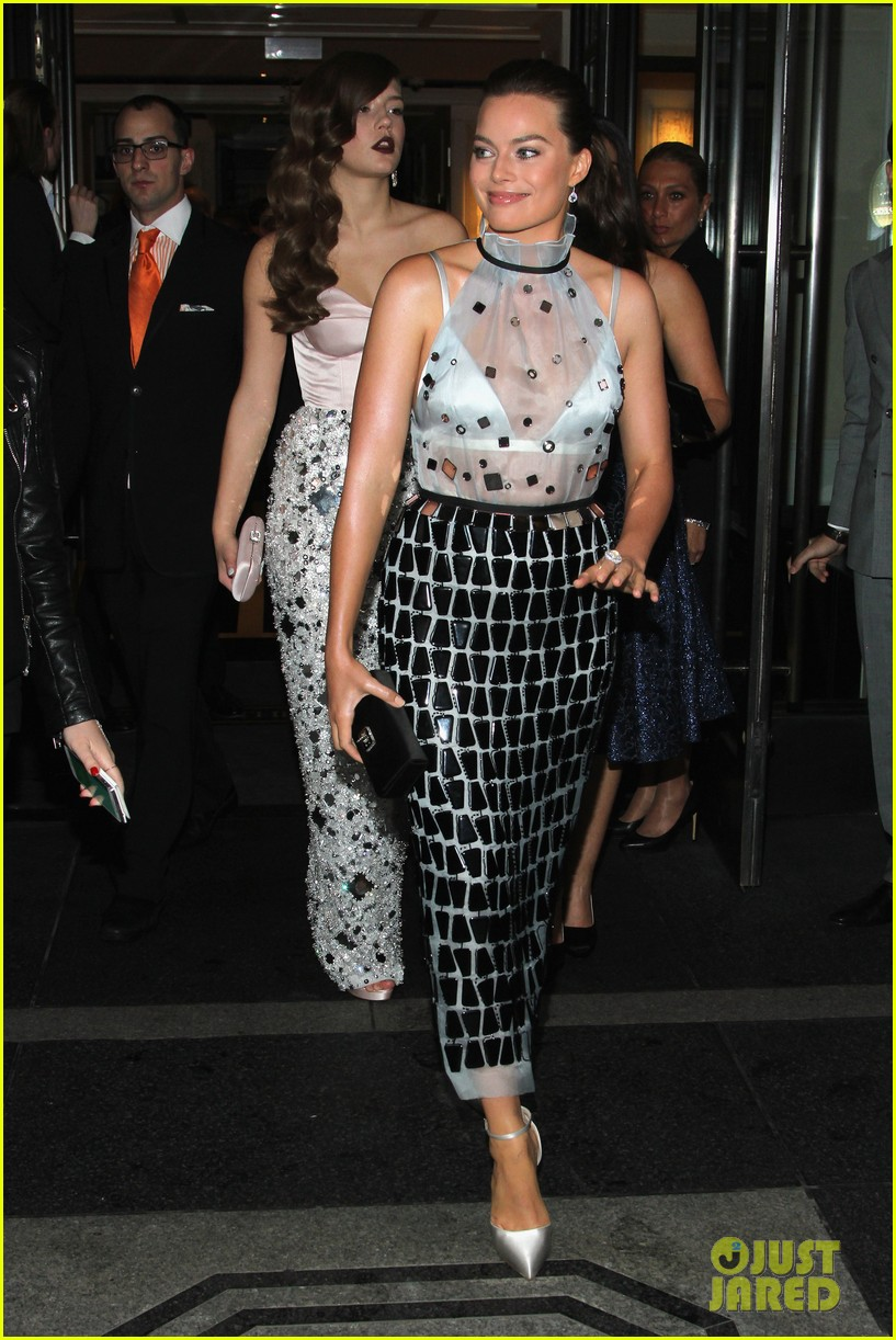 adele exarchopoulos met ball 2014 07
