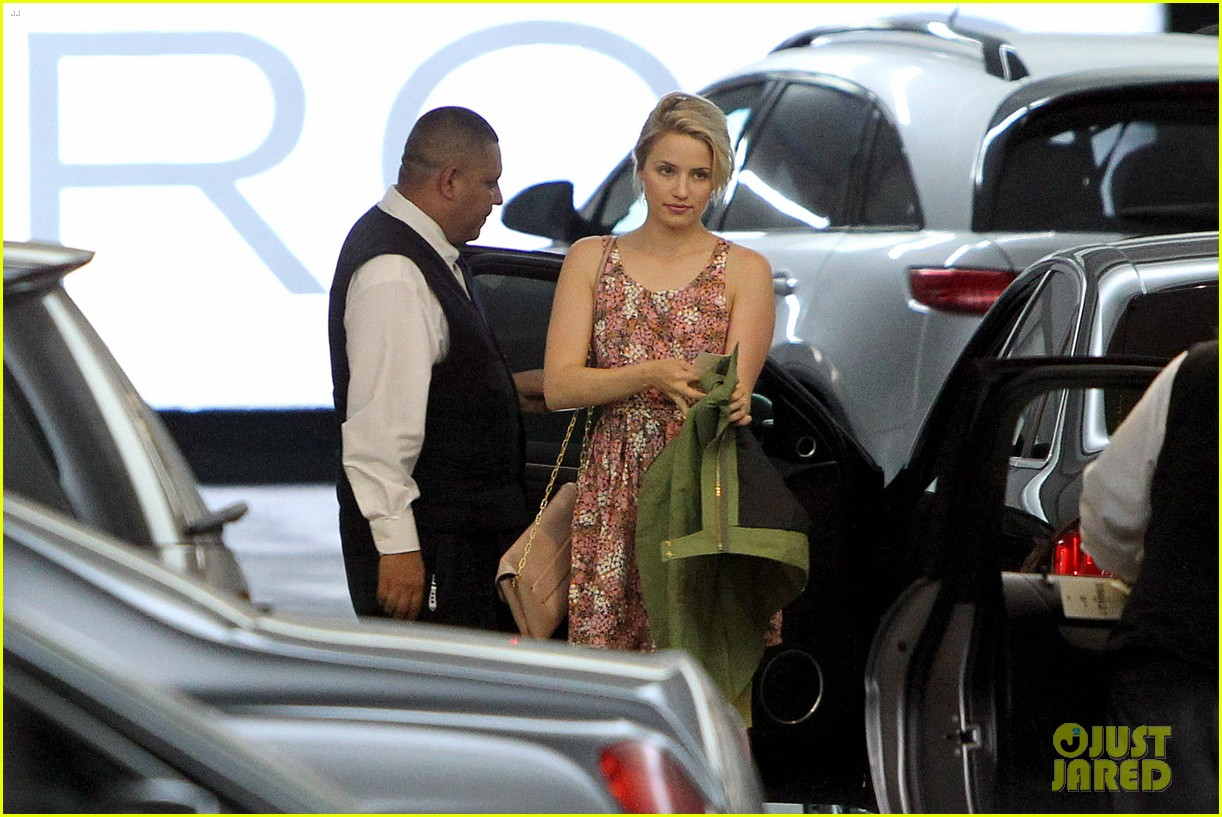 dianna agron braves los angeles heat lunch 07