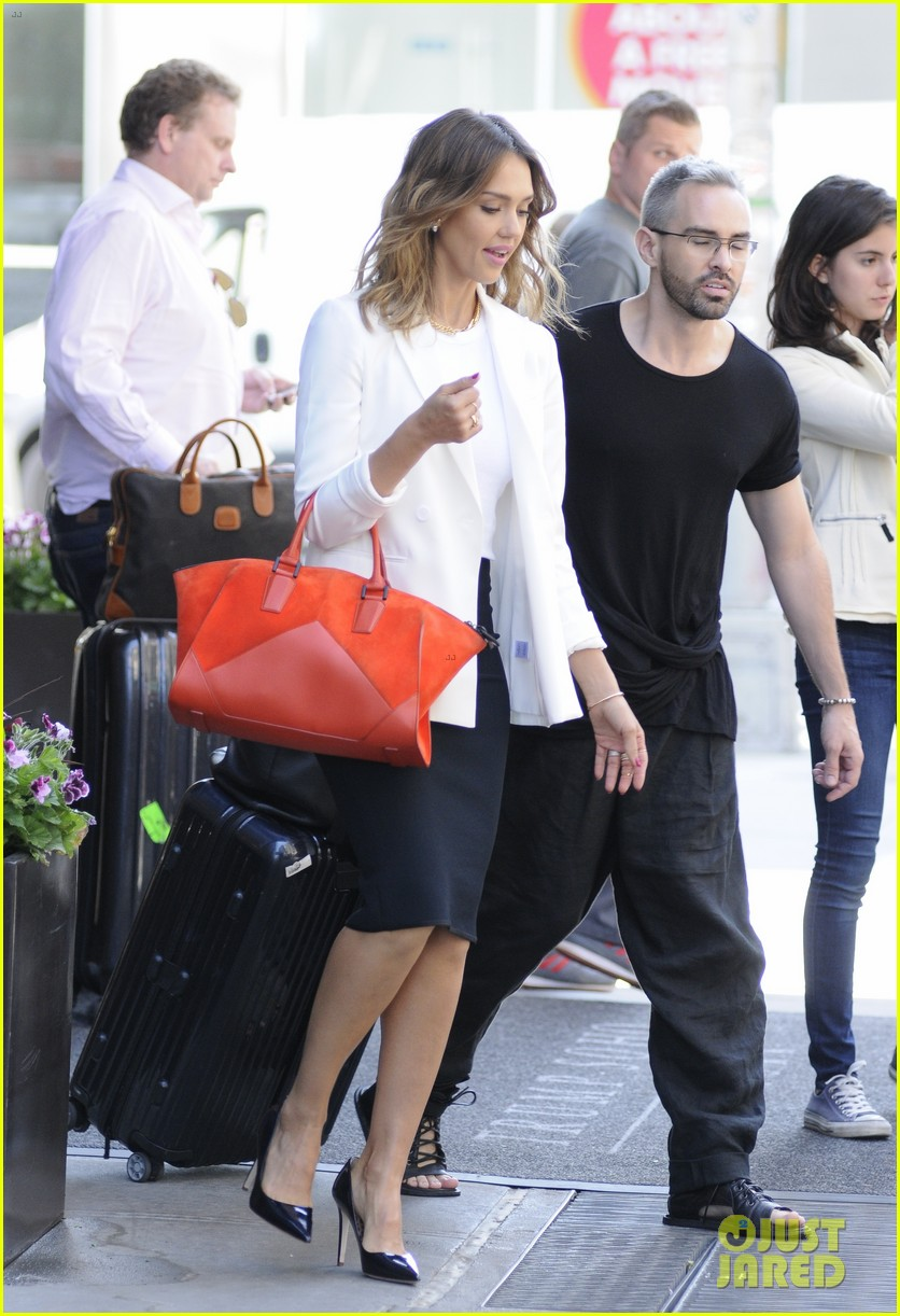 jessica alba hits new york for the social innovation summit 2014 07