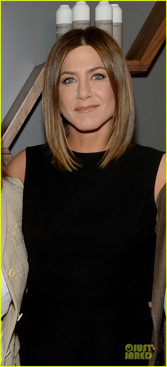 jennifer aniston amazing hair at living proof lab 023109976
