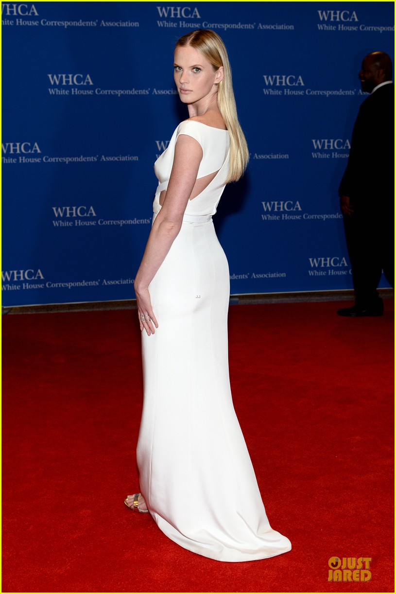 anne v irina shayk white house correspondents dinner 2014 063104655