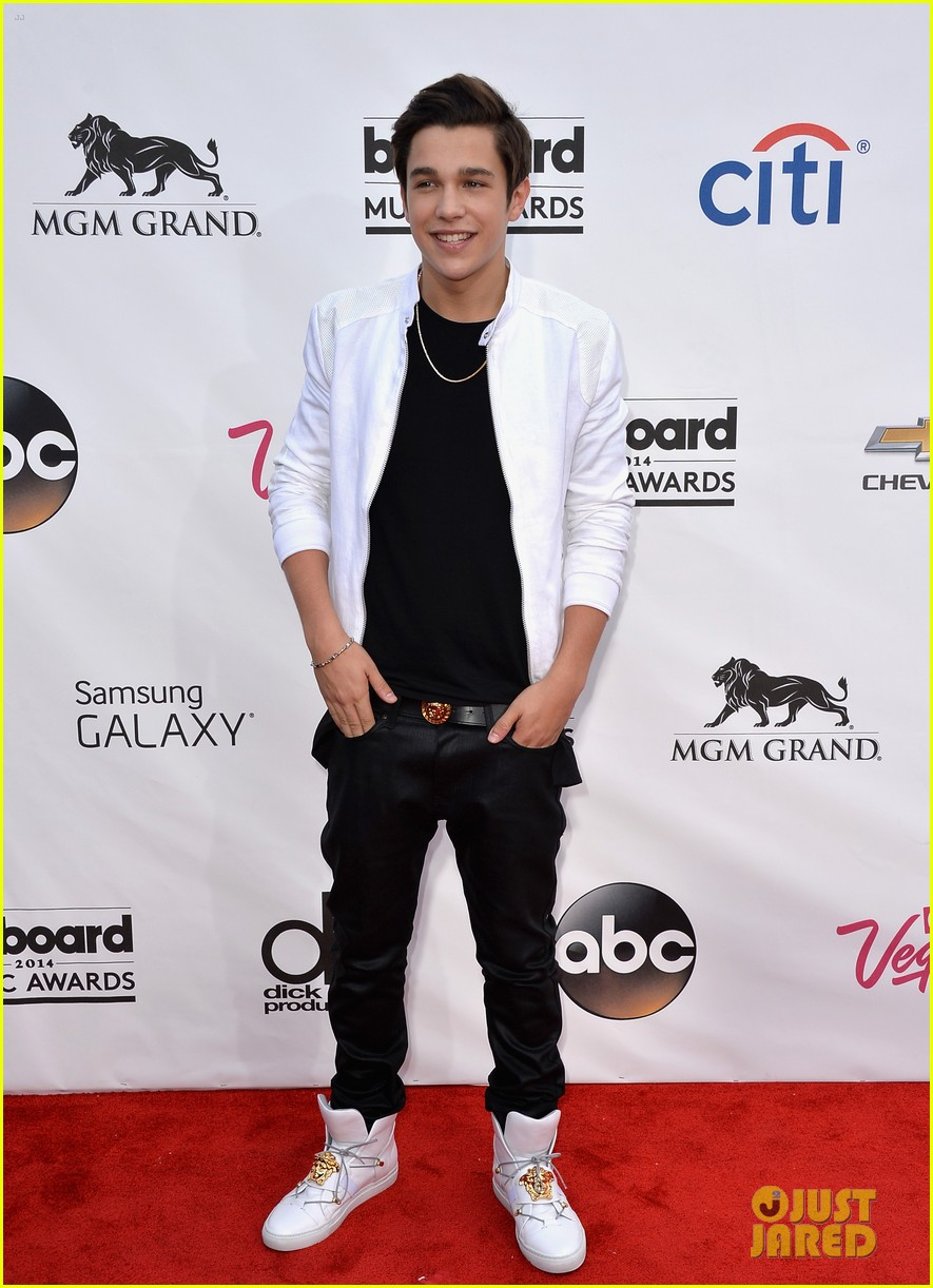 austin mahone aubrey peeples billboard music awards 10