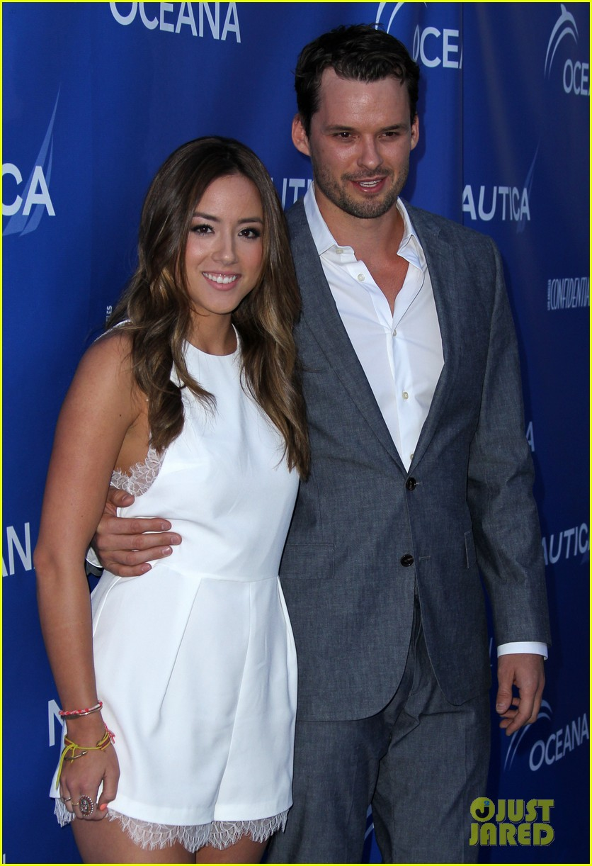 Chloe Bennet and Austin Nichols break up