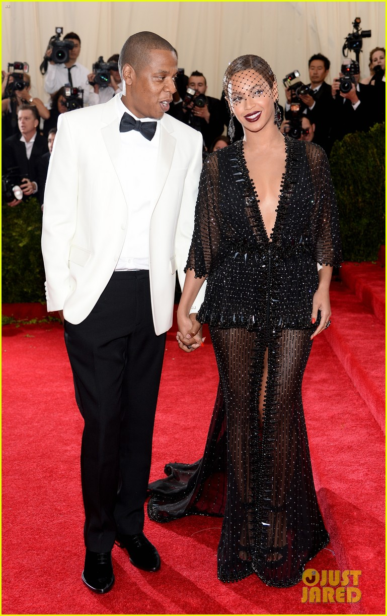 beyonce jay z ring met ball 2014 15