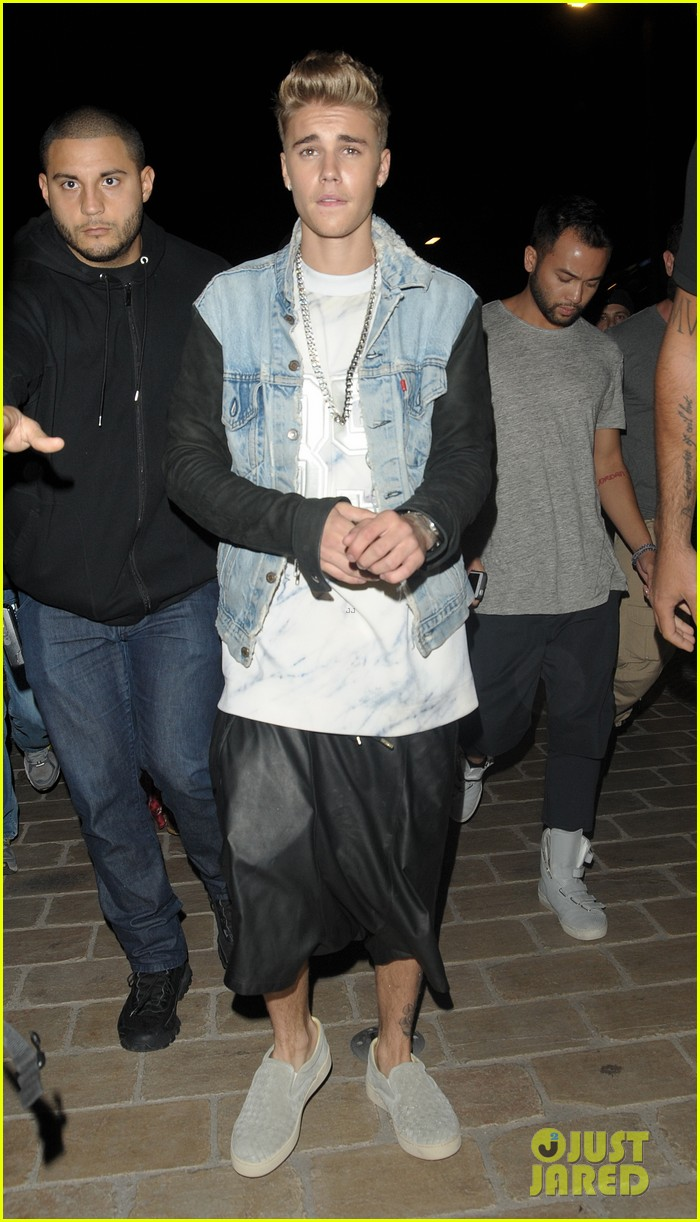 justin bieber barbara palvin cannes party 24