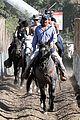justin bieber shirtless horseback ride 20