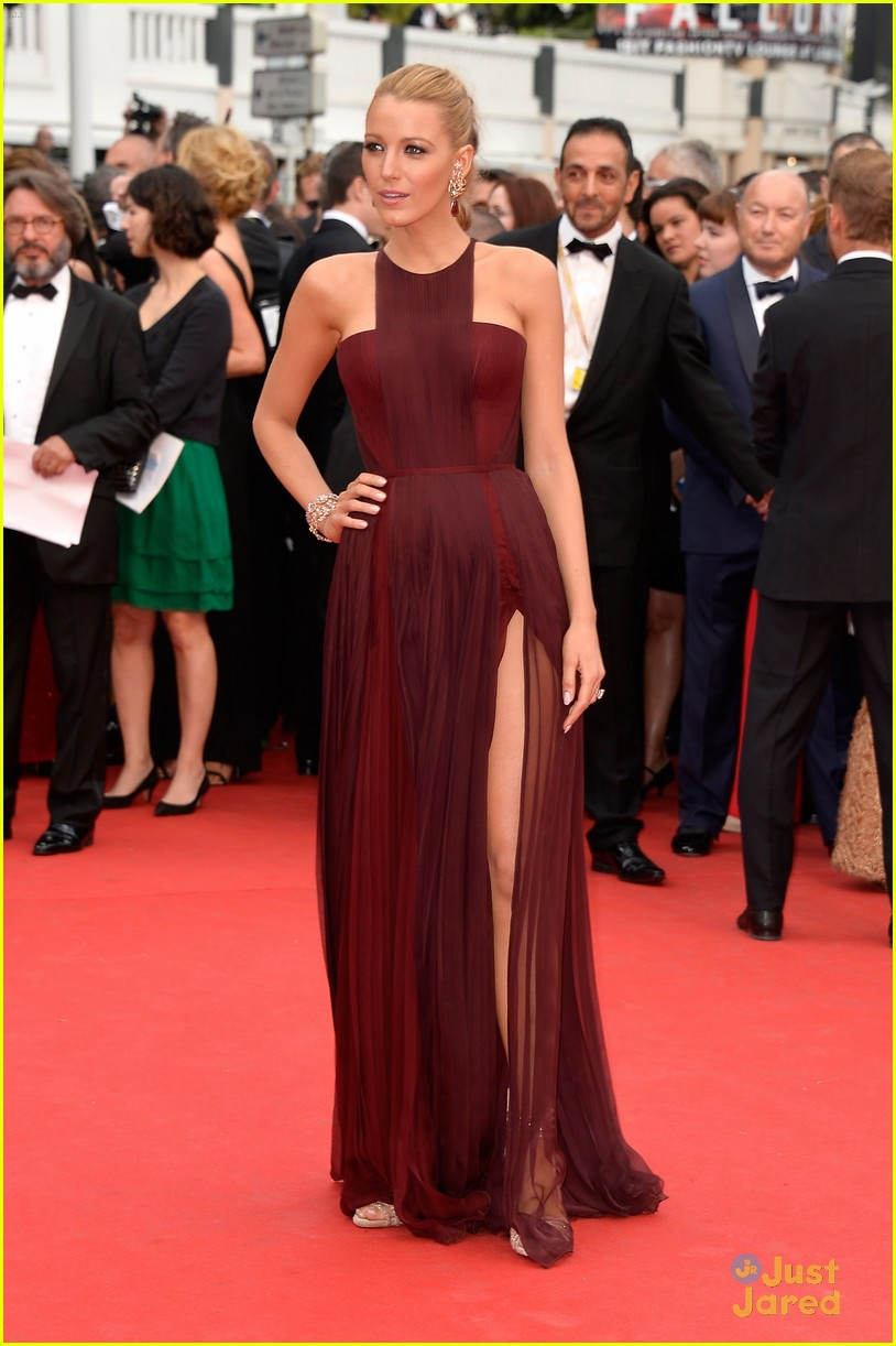blake lively adele exarchopoulos cannes opening premiere 10