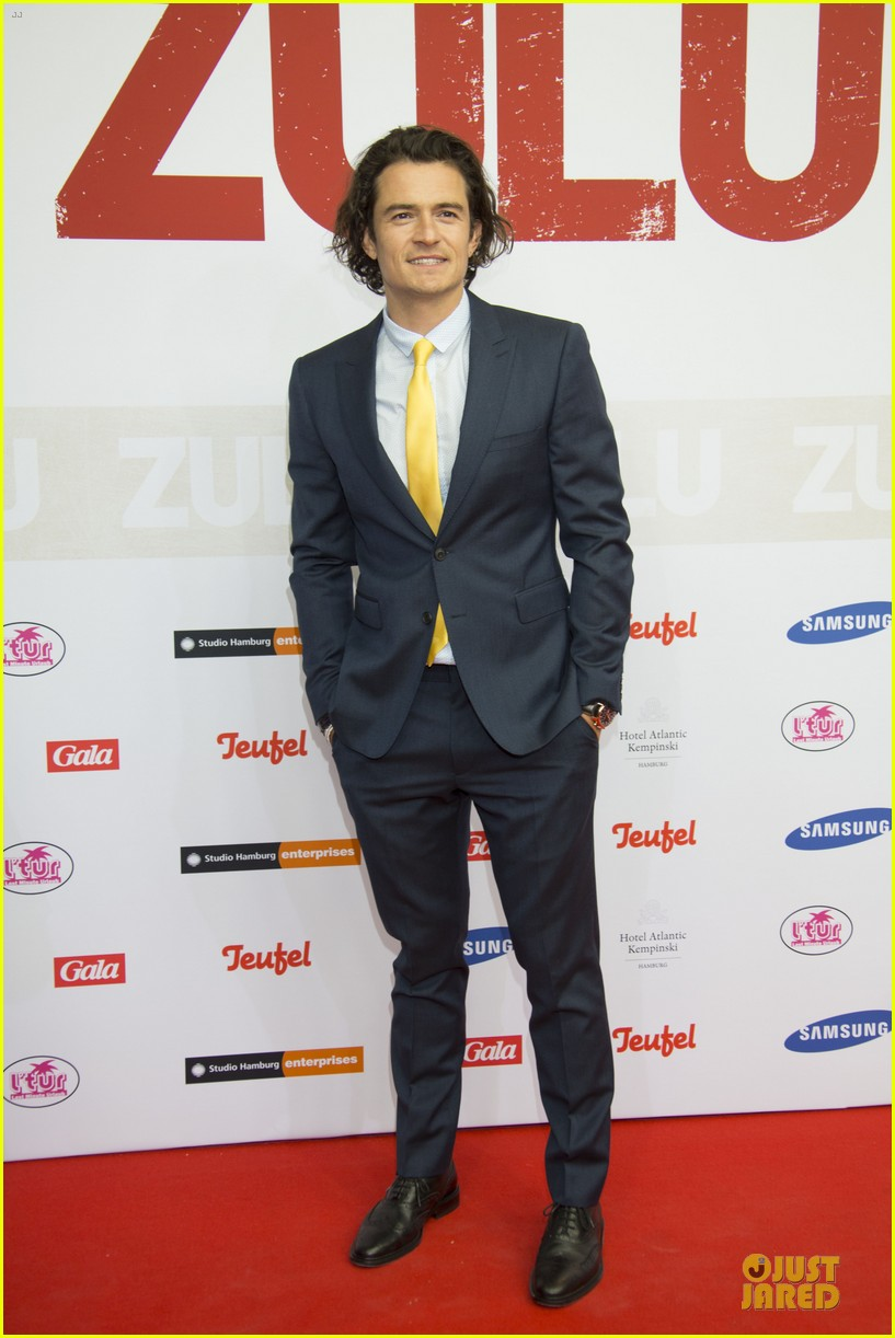 orlando bloom yellow tie zulu germany premiere 113106635