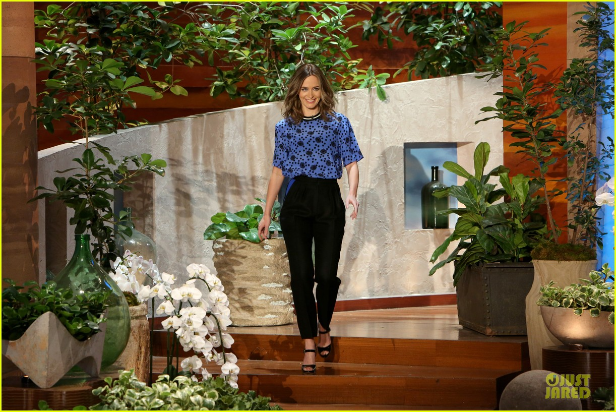 emily blunt opens up on hazel on ellen 013113007