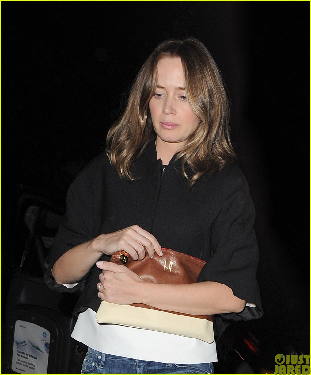emily blunt and john krasinski hit the town with chris martin and jeremy renner35