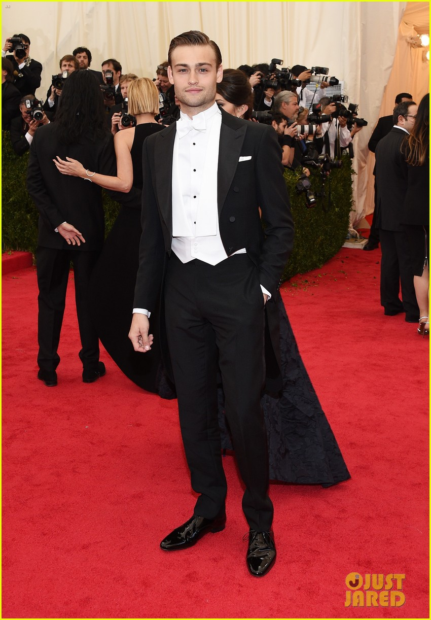 douglas booth met ball 2014 023106700