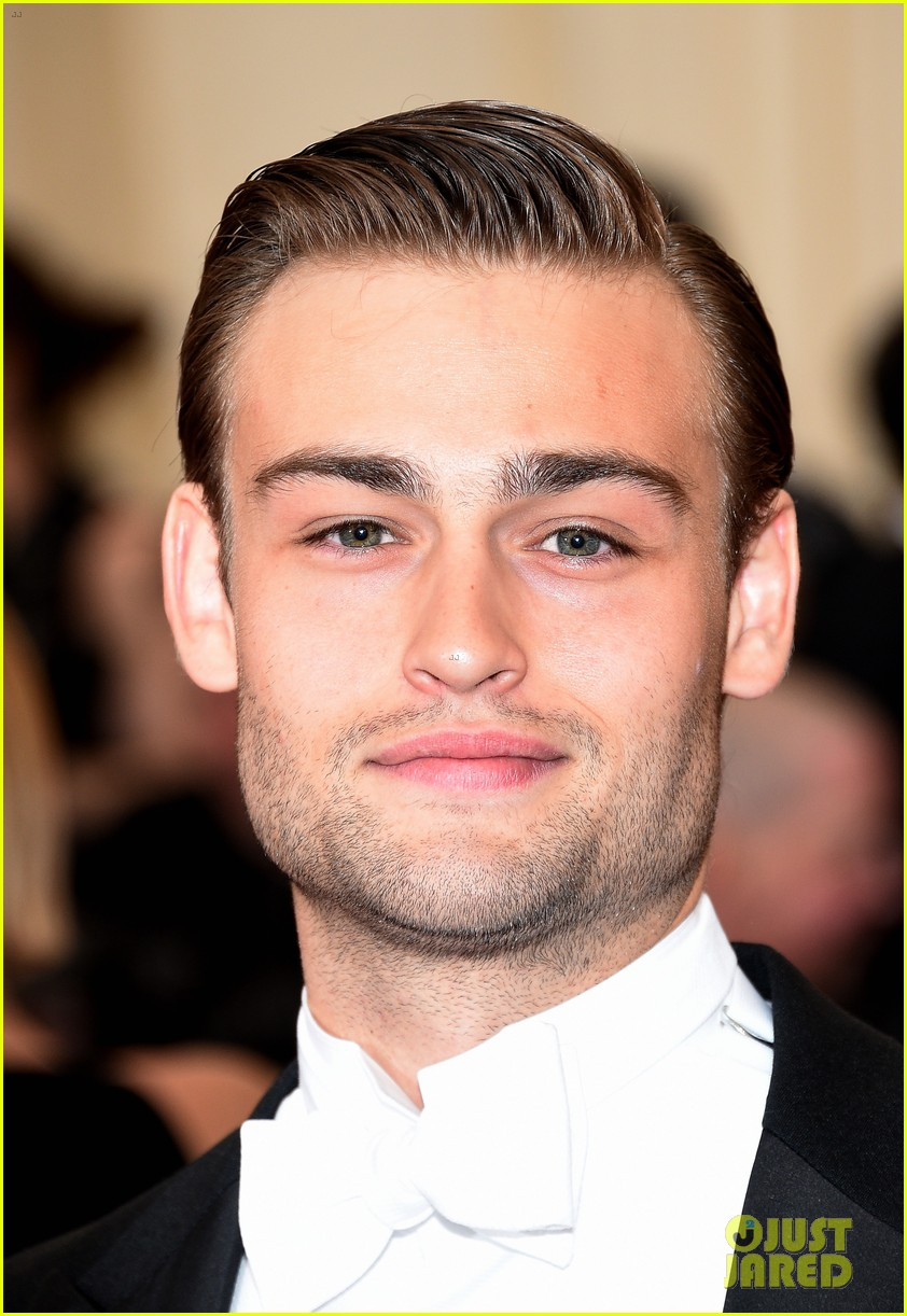 douglas booth met ball 2014 03