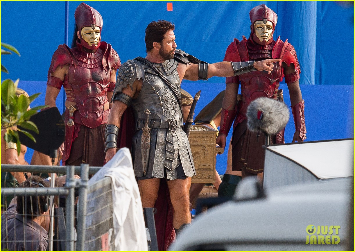 gerard butler gods of egypt filming 083122591