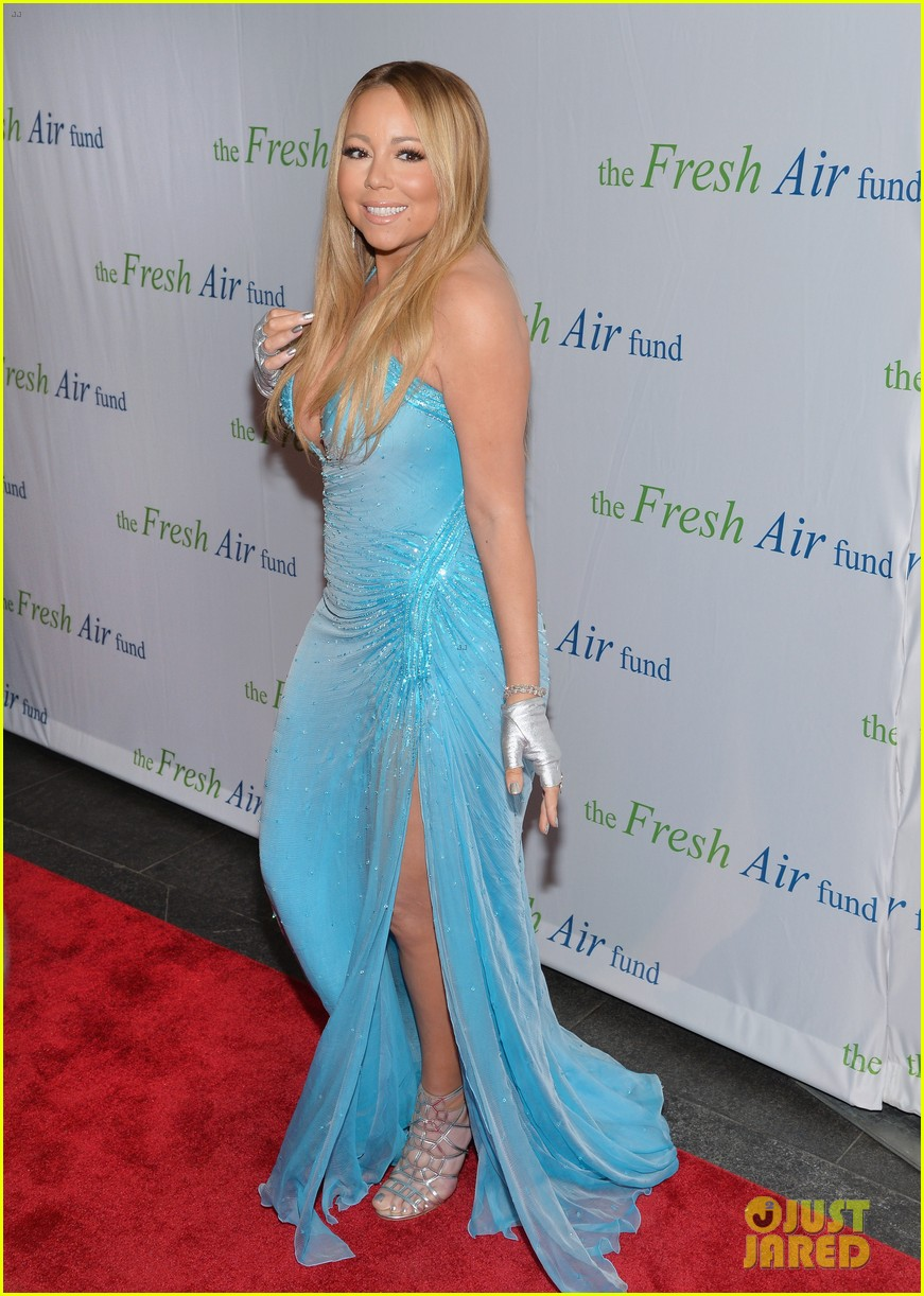 mariah carey flaunts major cleavage fresh air fund gala 04