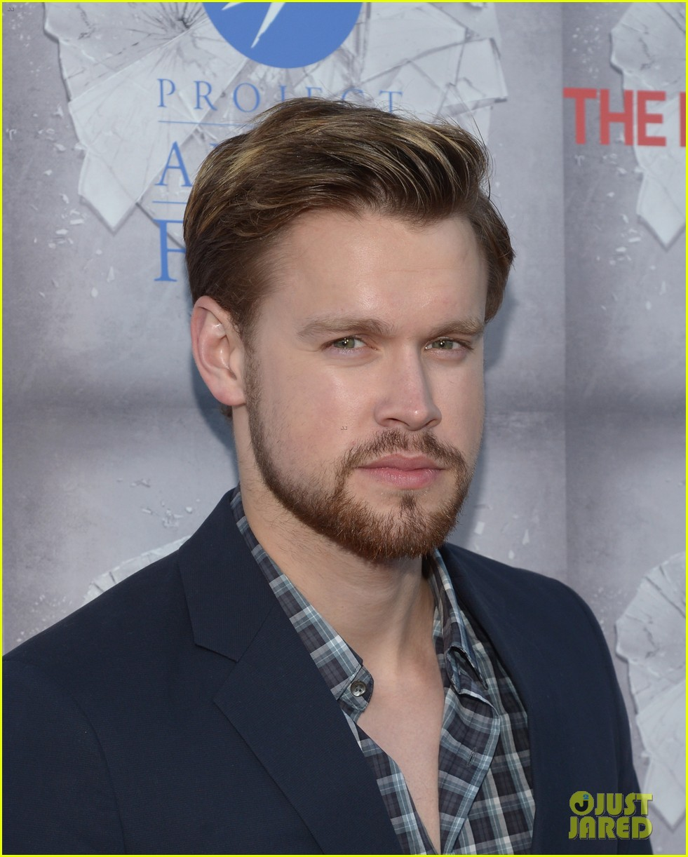 chord overstreet evan peters normal heart premiere 10