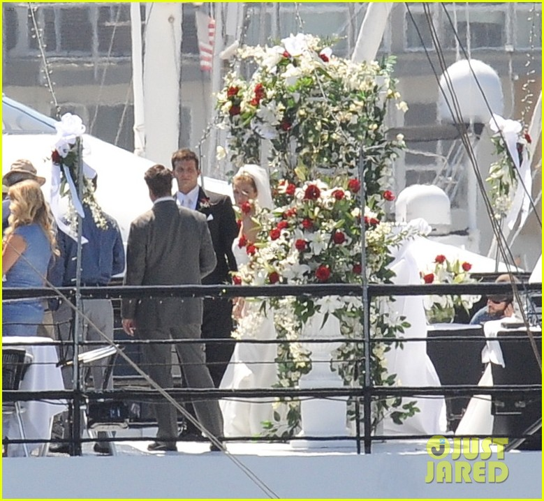 bradley cooper sienna miller just got married 12