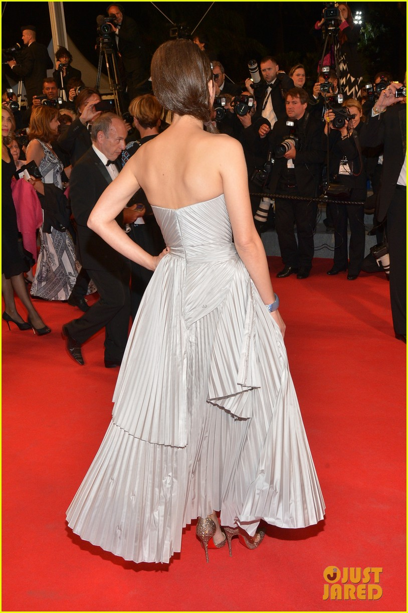 marion cotillard supports guillaume canet cannes premiere 03