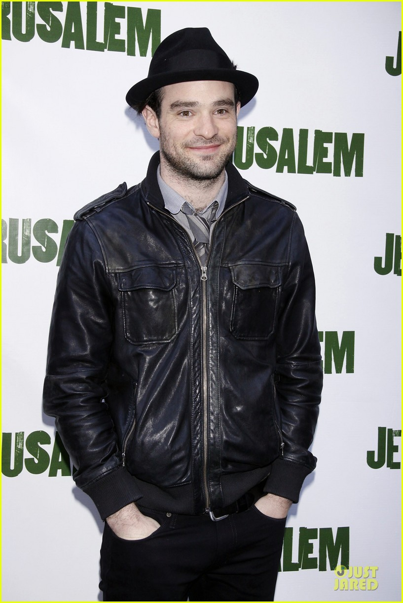charlie cox is netflix daredevil 033122930