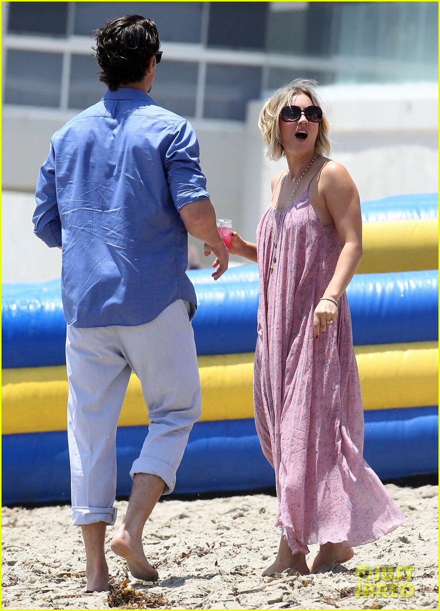 kaley cuoco hits up joel silvers memorial day party with ryan sweeting 05