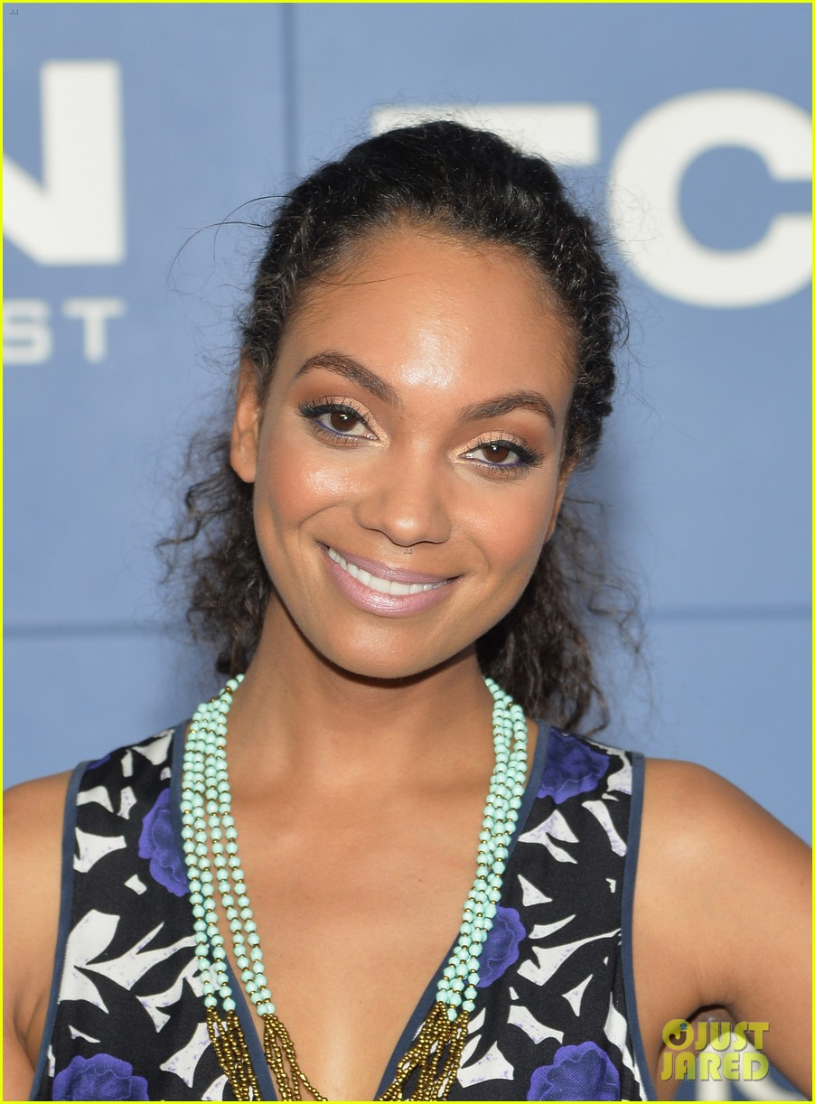 Sleepy Hollow Cast 2014 'sleepy Hollow' Cast Hit