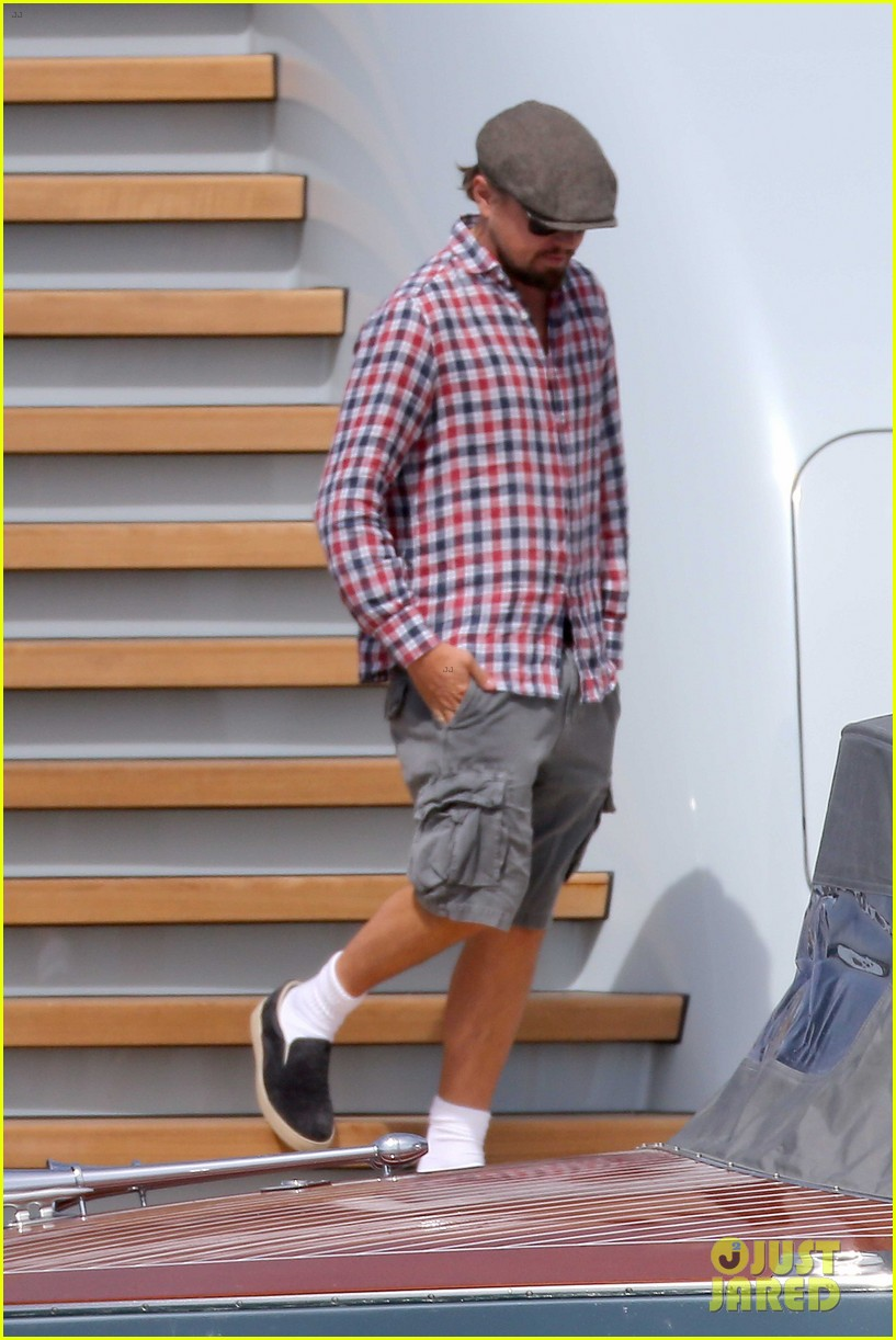 leonardo dicaprio steps out in cannes after partying 01
