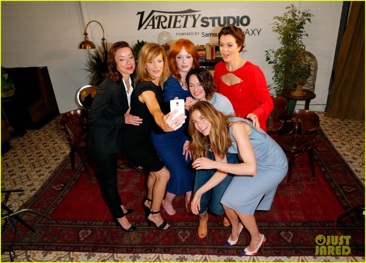 tv drama actresses take silly selfie variety studio 26