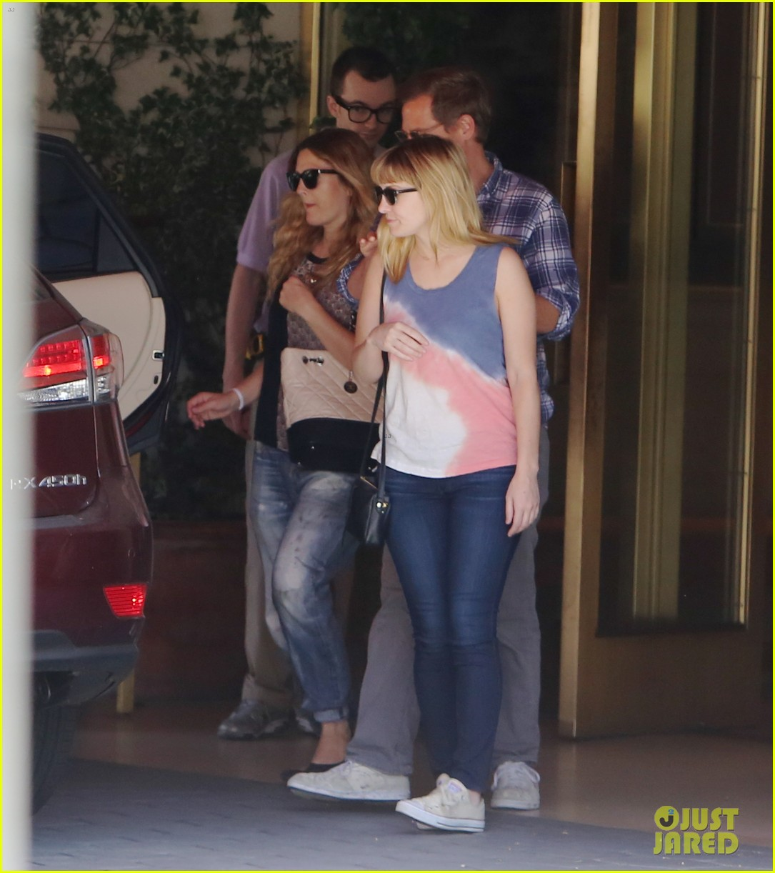 drew barrymore steps out first time daughter frankie 02