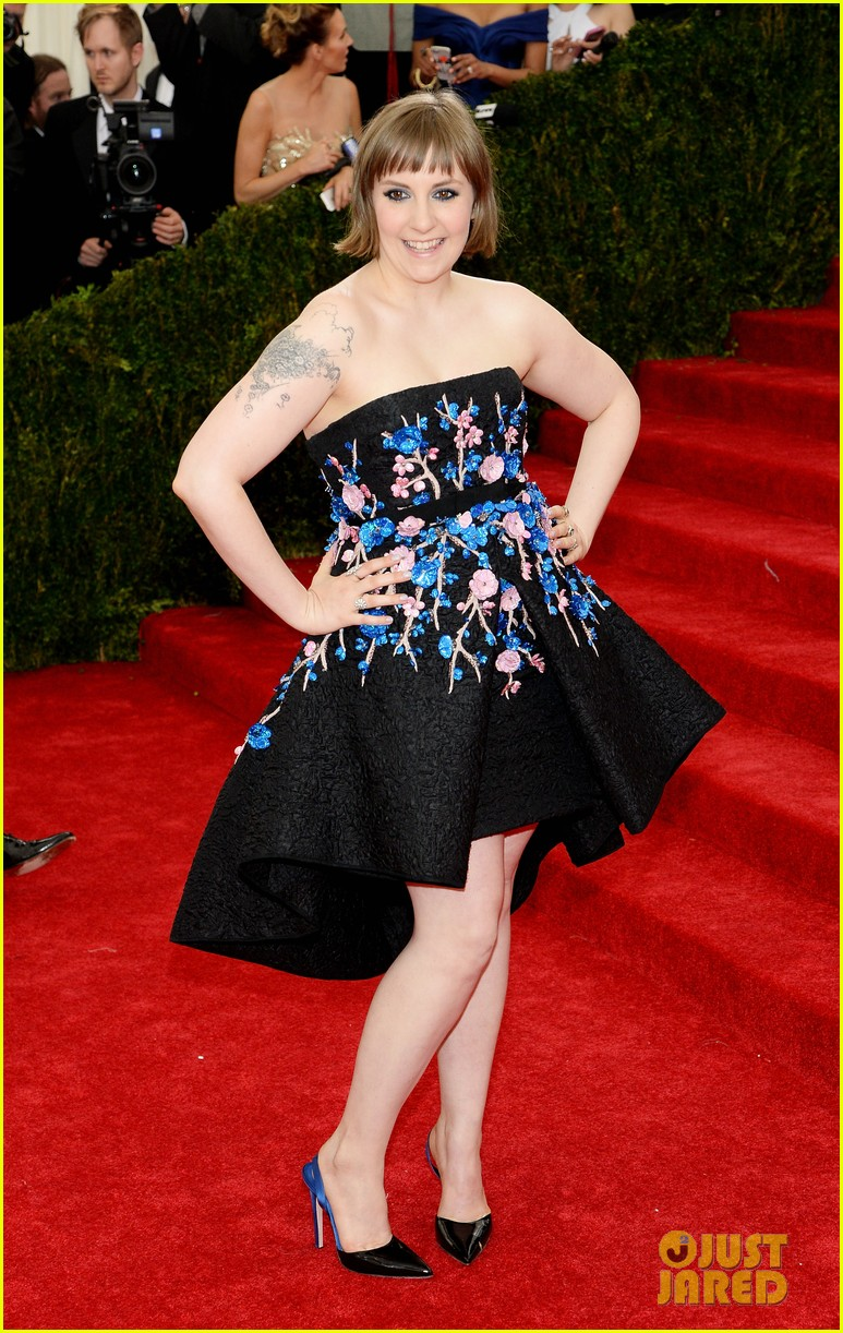 lena dunham chooses strapless dress for met ball 2014 033106221