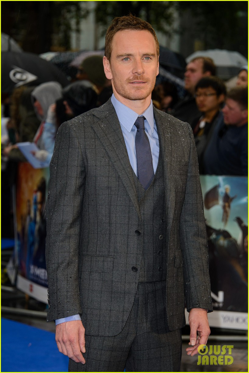 michael fassbender james mcavoy x men london premiere 13