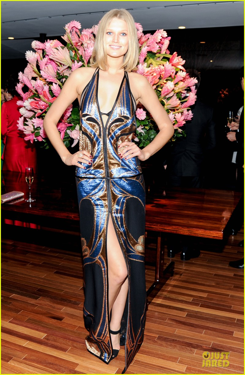 toni garrn camilla belle stun at gucci museo dinner 053123385