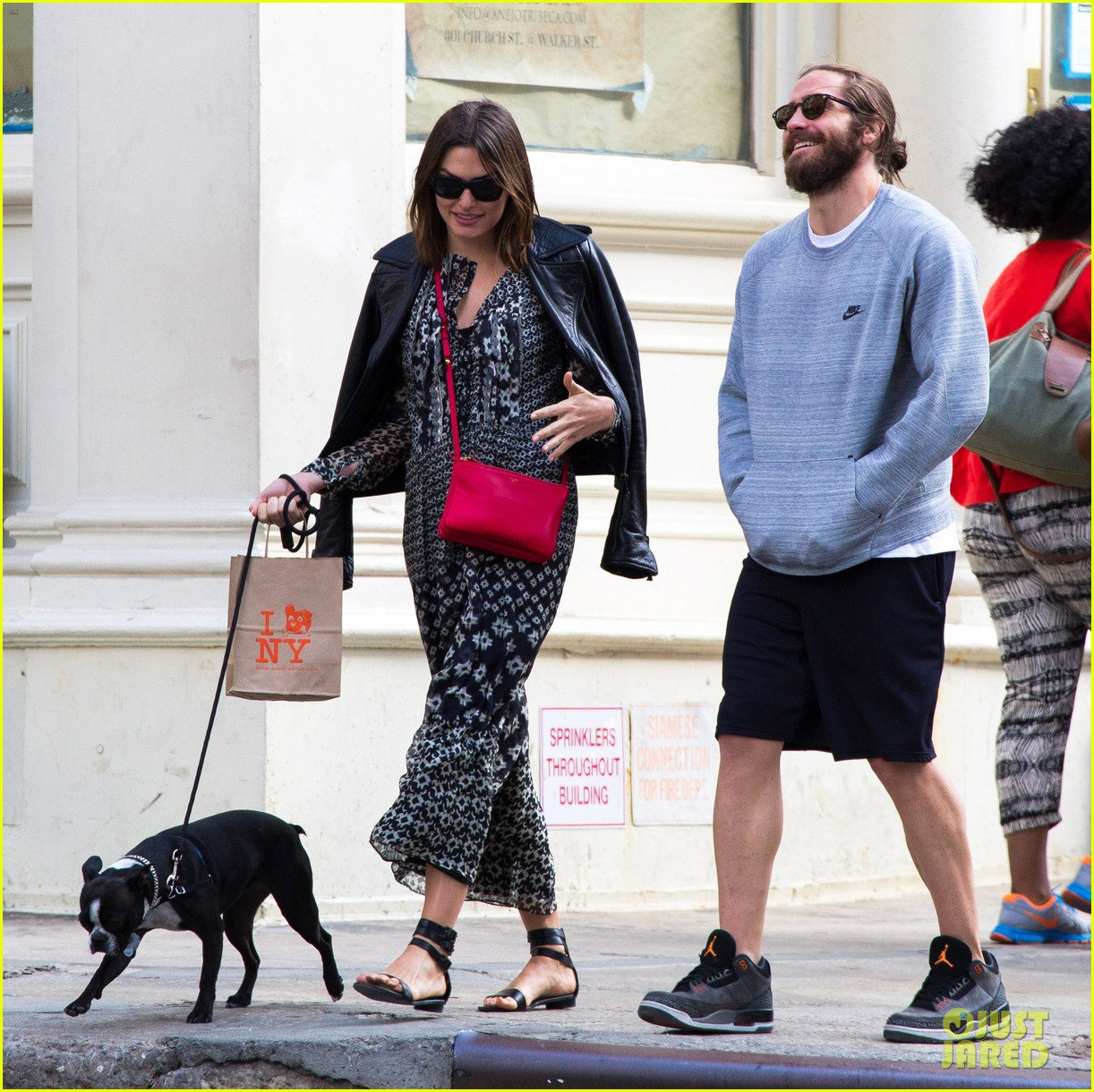 jake gyllenhaal alyssa miller first spotting in months 053107813