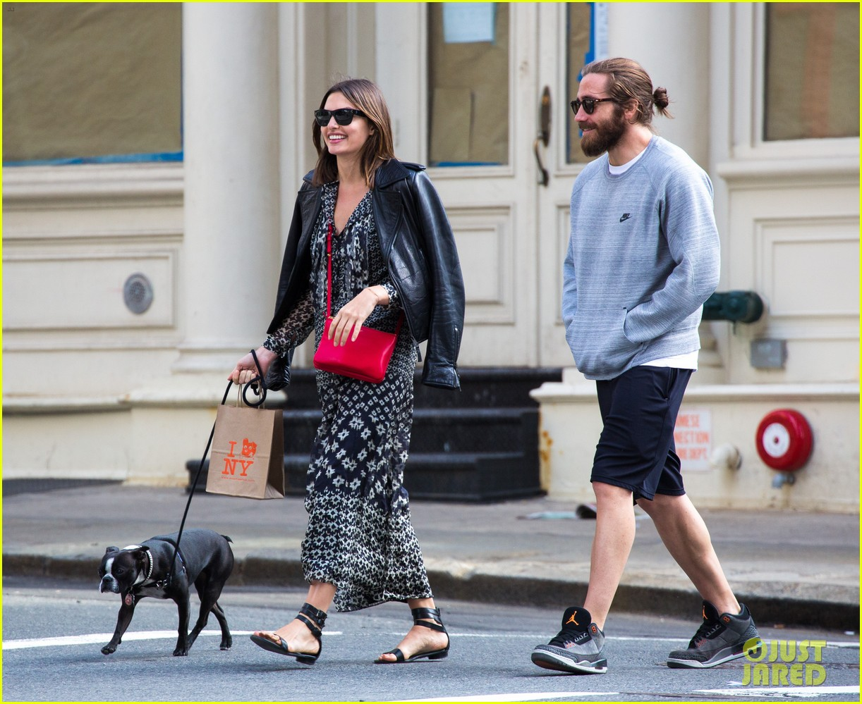 jake gyllenhaal alyssa miller first spotting in months 093107817