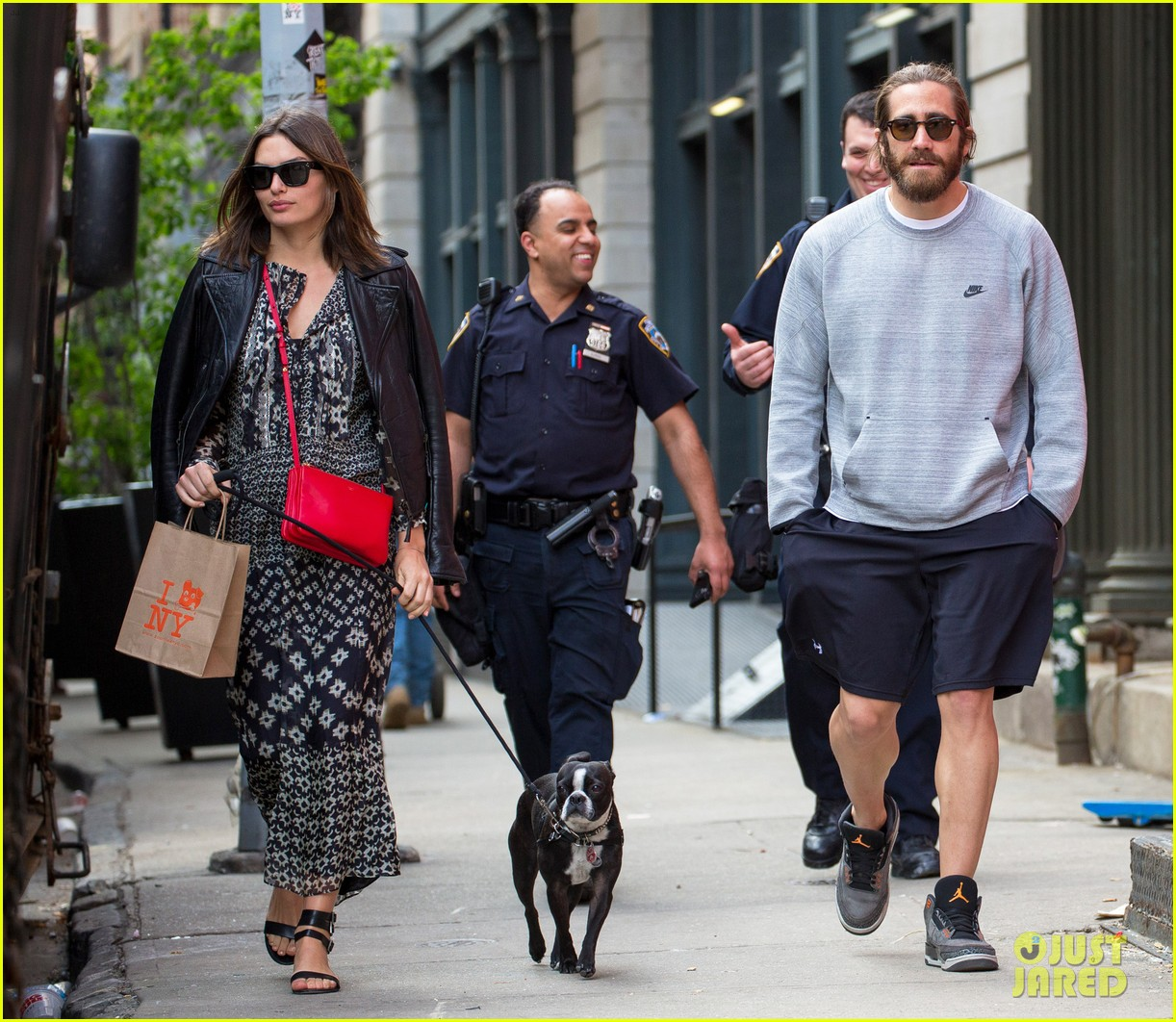 jake gyllenhaal alyssa miller first spotting in months 16